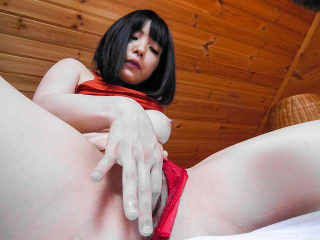 Airi Minami - Hot solo witha busty Japanese babe and her Asian dildo - Picture 6