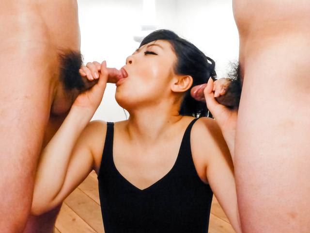 Rei Asamiya - 日本口交的顽皮熟女 Rei 朝宫 - 图片 9