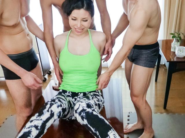 Sofia Takigawa - Asian sex orgy along cute and naughtySofia Takigawa - Picture 4