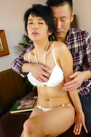 Sakura Aida - Japan blowjob with amazing babe Sakura Aida  - Picture 2