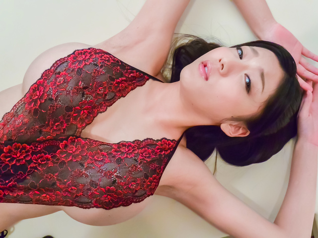 Miho Ichiki - Cock sucking beauty enjoys cum on her sweet face  - Picture 4