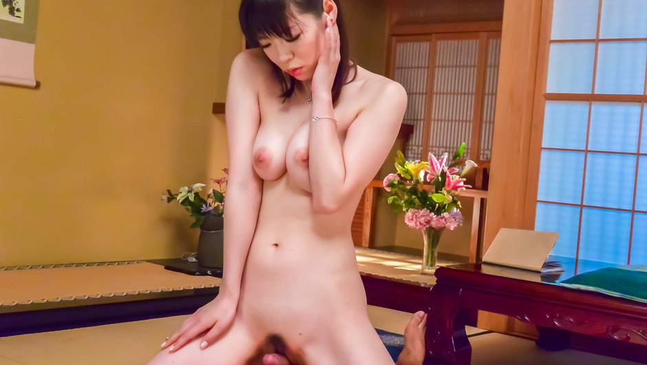 Asian milf POV oral with needy Nao Mizuki