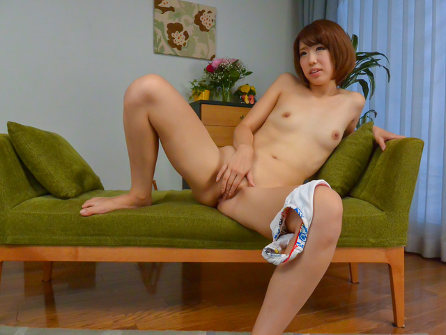 Seira Matsuoka - Slim Seira Matsuoka provides great asian blowjob - Picture 10