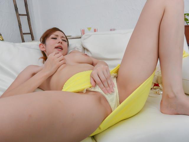 Reon Otowa - Busty Reon Otowa enjoying full asian blowjob - Picture 9