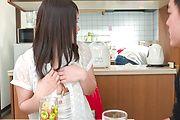 Sanae Akino - 兄貴に隠れてフェラ ~ 秋野早苗 - Picture 11
