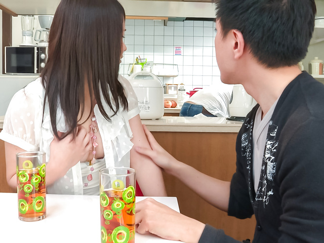 Sanae Akino - Asian amateur starts sucking cock in really hot ways - Picture 12