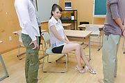 Yui Oba - Japanese teacher, Yui Oba, in group action  - Picture 2