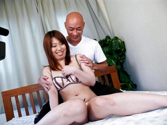 Ai Ootomo - Ai Ootomo 与棕色乳头骑东 - 图片 5