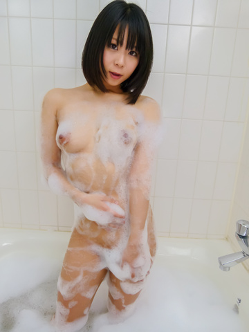 Mikan Kururugi - Asian amateur plays with her pussy in the shower  - Picture 1