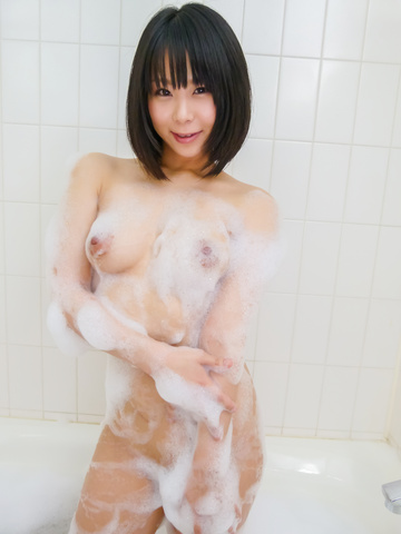Mikan Kururugi - Asian amateur plays with her pussy in the shower  - Picture 3
