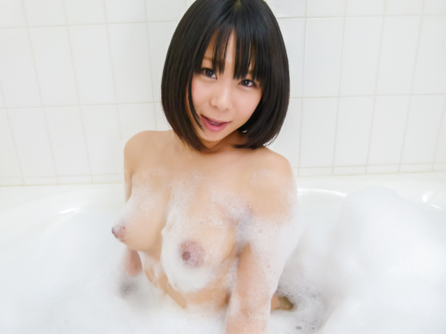 Mikan Kururugi - Asian amateur plays with her pussy in the shower  - Picture 9