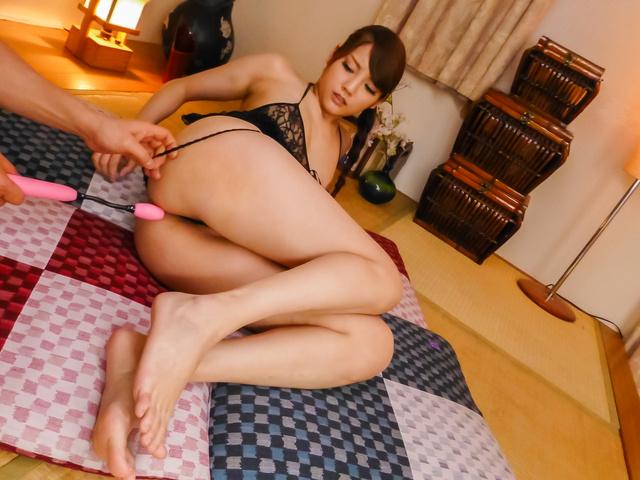 Rei Mizuna - Amateur milf gets creamed on face after harsh masturbation - Picture 2