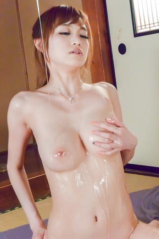 椎名みくる - 生ハメギャル全身オイルオナニー - Picture 4