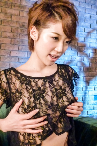 Makoto Yuukia - Amateur Asian babe,Makoto Yuukia, loves her pussy - Picture 10