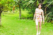 Minami Asano - Outdoor Asian blow job withMinami Asano - Picture 4