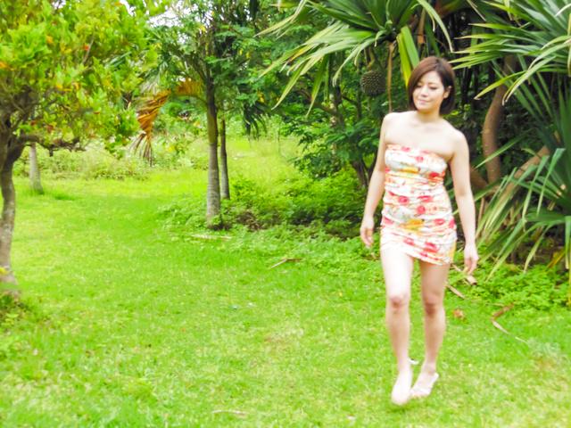 Minami Asano - 南野的室外亚洲打击工作 - 图片 4