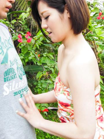 Minami Asano - 南野的室外亚洲打击工作 - 图片 6