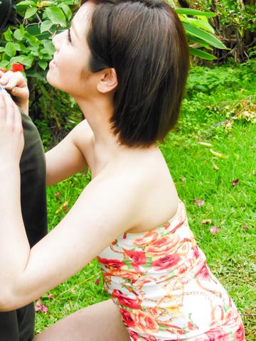 Minami Asano - 南野的室外亚洲打击工作 - 图片 9