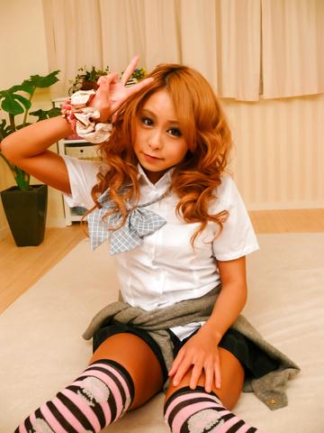 Yuno Shirasu - Yuno Shirasu naughty Asian teen gets shaved pussy licked - Picture 3