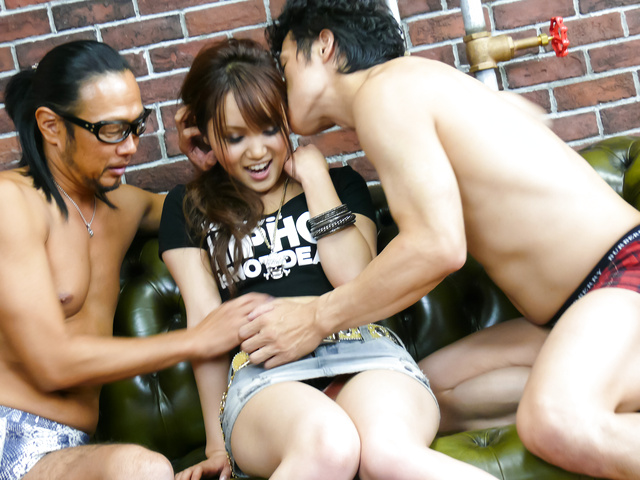Miyu - Asian blowjob during complete threesome with Miyu - Picture 1