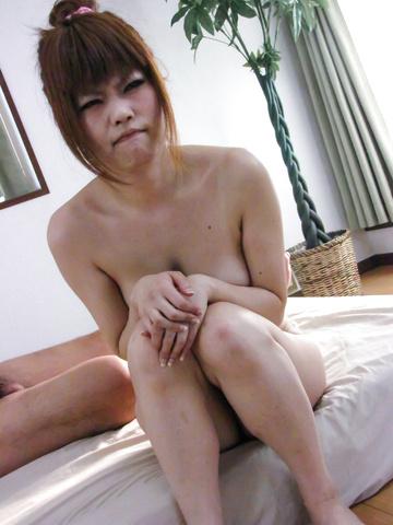 Ibuki Akitsu - Ibuki 秋津得到性交被许多公鸡的肛门亚洲色情 - 图片 1