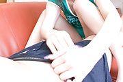 Mirai - 未来获取暨从舔硬阴茎 - 图片 4