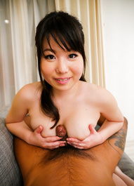 Jun Mamiya Asian rubs dick with cans and shows shaved hot box