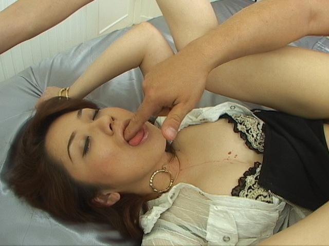 Chihiro Misaki - Japanese babe Chihiro Misaki ass fucked and cunt stuffed - Picture 6