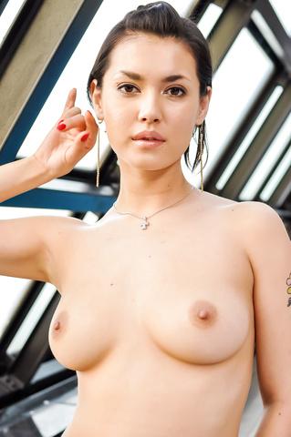 Maria Ozawa - 小泽玛利亚吹在性交前坚强的迪克 - 图片 2