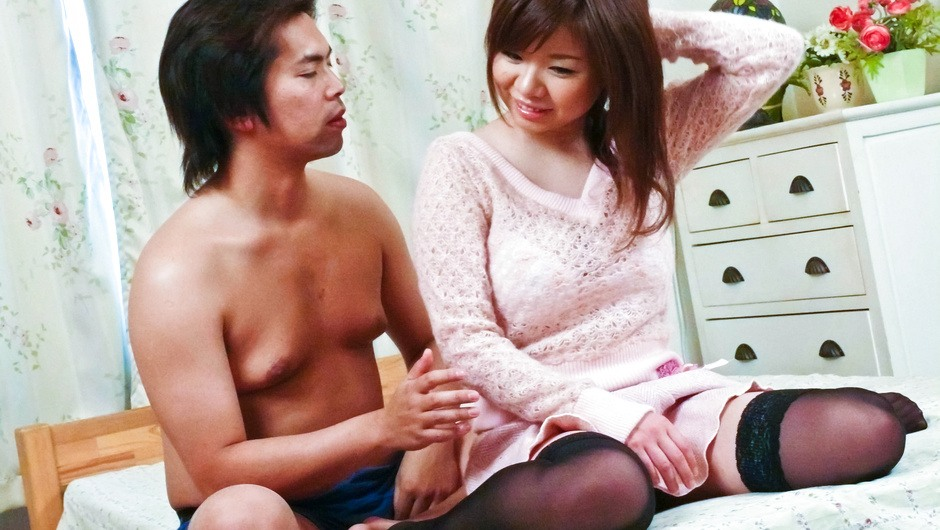 Phim Sex Sex marathon for Aoi Mizumori at hands of horny guy
