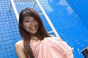 Yuuno Hoshi - Pretty Asian chick getting naked and pussy rubbing - Picture 4