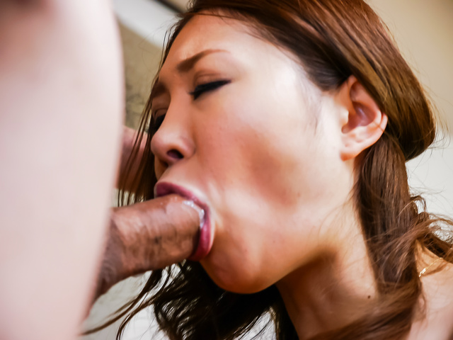 Airi Mizusawa - Airi Mizusawa enjoys Japan blowjob on cam  - Picture 10