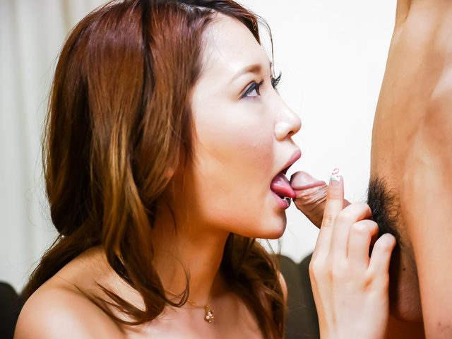 Airi Mizusawa - Airi Mizusawa enjoys Japan blowjob on cam  - Picture 6