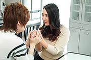 Yuri Honma - 尤里 · 高尔夫进入她蓬松的樱桃坚强的迪克 - 图片 7