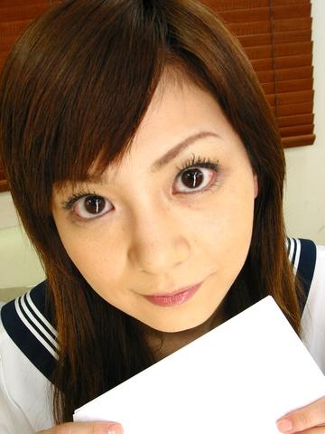 Anna Watase - Anna Watase probed in her schoolgirl uniform - Picture 1