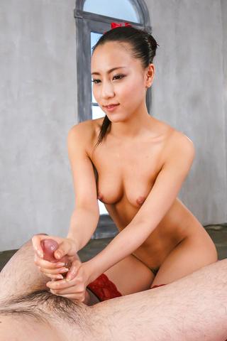 Ren Azumi - 在凸轮上给予温暖的日本口交的性饥渴仁淳 - 图片 11