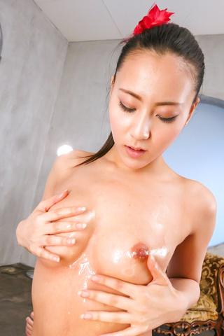Ren Azumi - 在凸轮上给予温暖的日本口交的性饥渴仁淳 - 图片 6