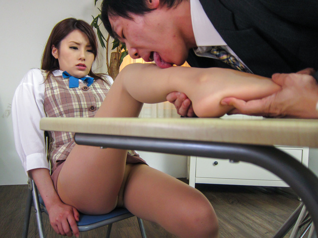 Runa Ayase - YoungRuna Ayase in perfect Asian blow job event - Picture 12