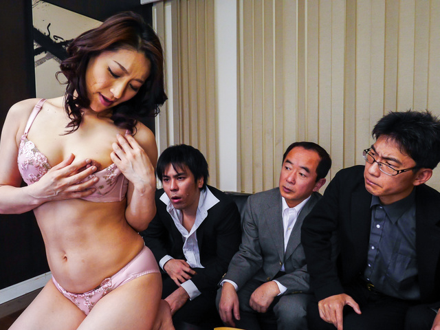 Marina Matsumoto - Japanese blowjob by steamy Marina Matsumoto - Picture 4