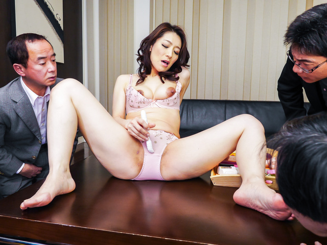 Marina Matsumoto - Japanese blowjob by steamy Marina Matsumoto - Picture 5