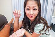 Satomi Suzuki - 铃木聪美给了他亚洲口交和乳头他妈的 - 图片 12