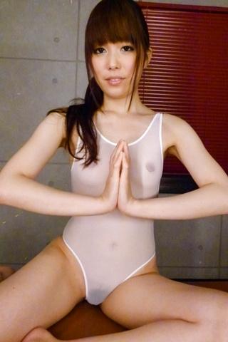 Moe Sakura - 女学生教育部樱花给亚洲的口交 - 图片 3