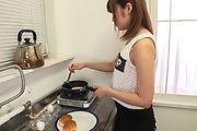 Yumi Maeda - 朝食のミルクはフェラ抜きで 前田由美 - Picture 10