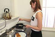 Yumi Maeda - 朝食のミルクはフェラ抜きで 前田由美 - Picture 11