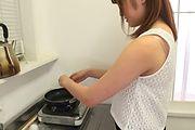 Yumi Maeda - 朝食のミルクはフェラ抜きで 前田由美 - Picture 1