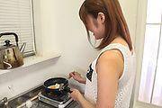 Yumi Maeda - 朝食のミルクはフェラ抜きで 前田由美 - Picture 9