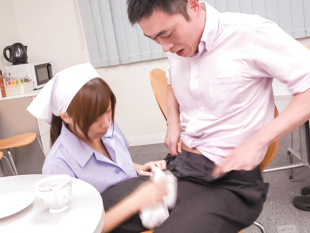 Chihiro Akino - Busty nurse amazes with two Japanese blowjobs - Picture 7
