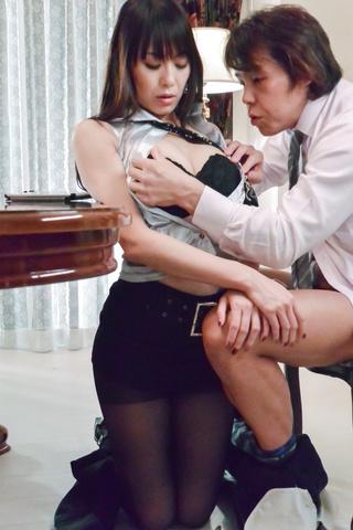 広瀬奈々美, - 社長秘書のお仕事紹介~お掃除フェラ編~ - Picture 8