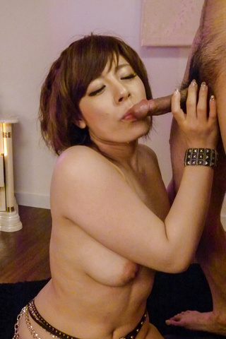 Ririsu Ayaka - Ririsu Ayaka gives a japanese blowjob to two guys while in stockings - Picture 7