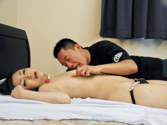 Rui Yazawa - Rui Yazawa moans a lot during drilling - Picture 8
